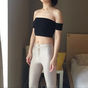 Forever 21 Off the Shoulder Crop Top In Black.-Q4.
